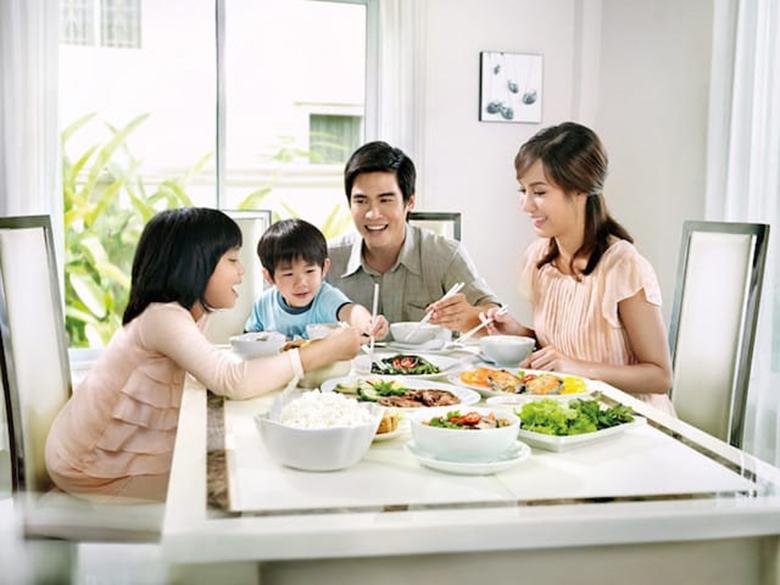 bữa ăn gia đình-Nồi cơm điện Panasonic 1.8L SR-MVQ187SRA