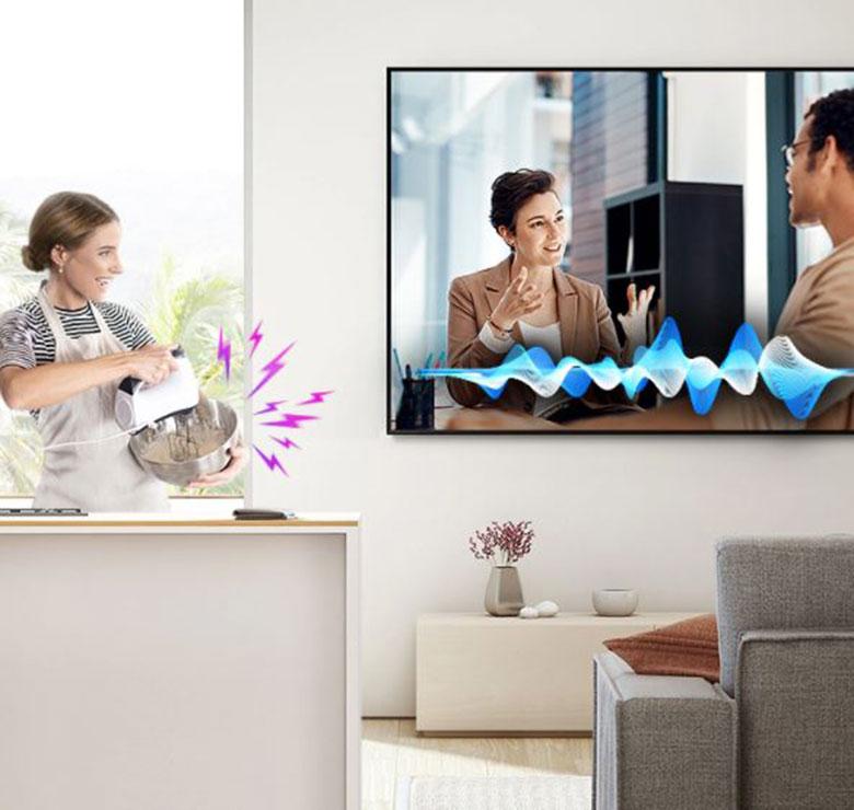 Tận hưởng trọn vẹn các cuộc hội thoại Samsung Tivi QA55Q70TAKXXV