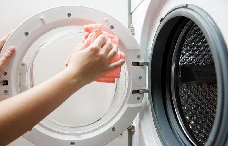 Hướng dẫn sử dụng máy giặt Electrolux cho người mới sử dụng Vệ sinh máy giặt sau khi sử dụng
