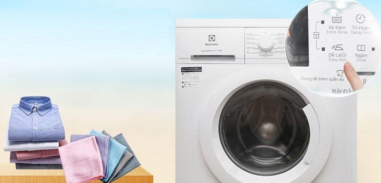 hướng dẫn sử dụng máy giặt Electrolux: Chức năng dễ là (ủi) cho quần áo