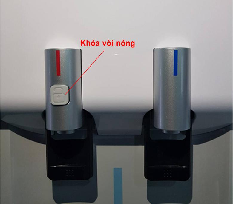 Cây nước nóng lạnh Kangaroo KG53A3 có khóa vòi nóng