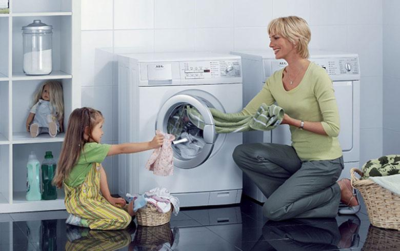 Hướng dẫn vệ sinh máy giặt LG cửa trước và cửa trên đúng cách