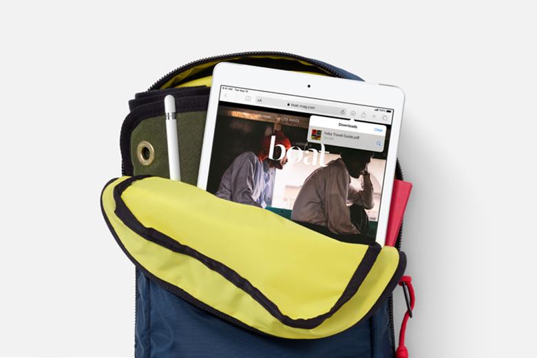 Dung lượng pin khủng - Máy tính bảng Apple iPad Gen 8 2020 Wifi 32GB 10.2 inch Bạc MYLA2ZA/A - Hàng chính hãng