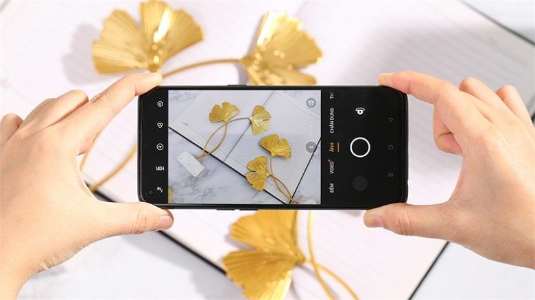 hệ thống camera ấn tượng- Điện thoại Oppo Reno5