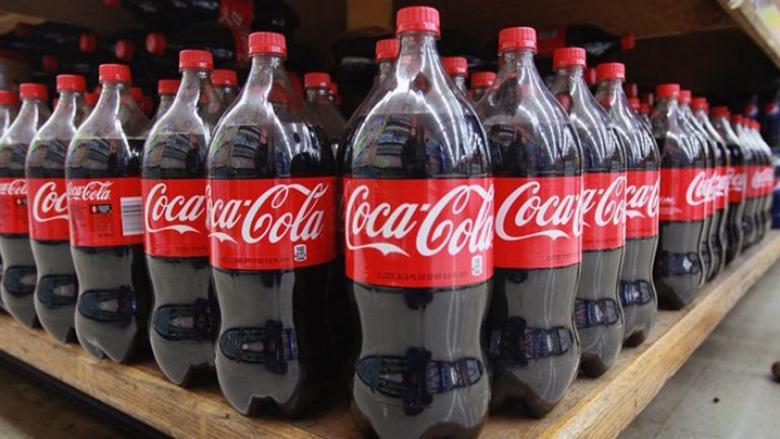Cách vệ sinh máy hút mùi bằng coca cola