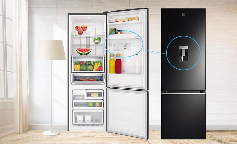 Tủ lạnh Electrolux Inverter 335 lít EBB3742K-H lấy nước ngoài
