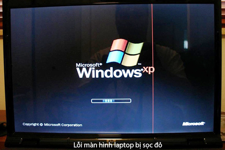 Màn hình laptop bị sọc do xung đột phần mềm