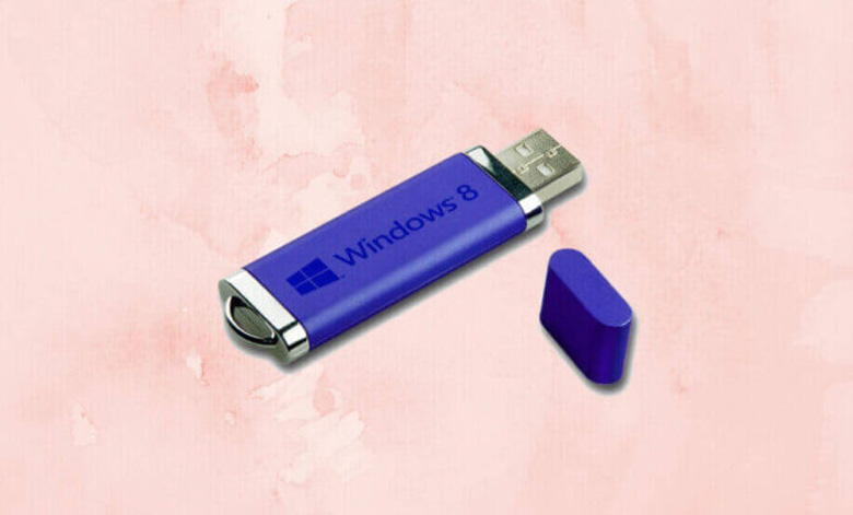 Cách cài Win 8 cho laptop trước tiên bạn cần chuẩn bị 1 USB không thể thiếu được trong quá trình cài